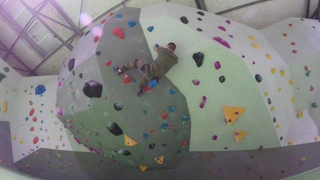 Patrick von Bushcraft Dicon - Bouldern